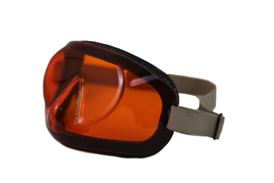 masque-nage-avec-palmes-orange